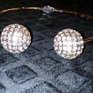 Jewelry - Choker necklace